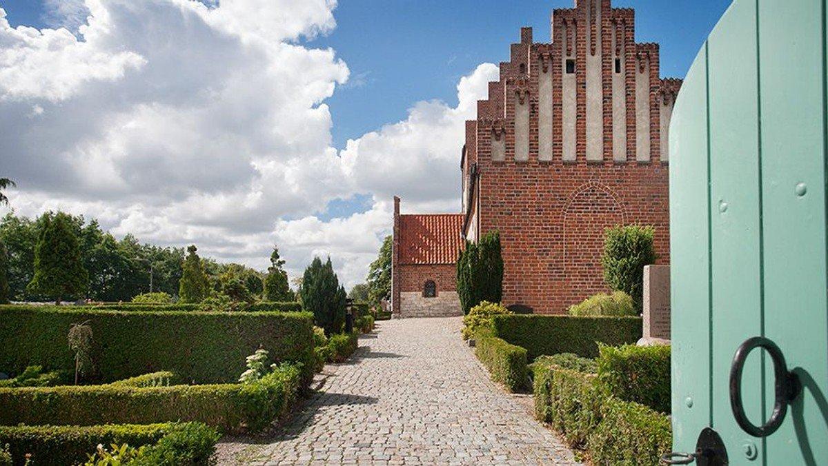 Kirkegårdsvandring ved Kirkeværge Hans Peter Schmidt