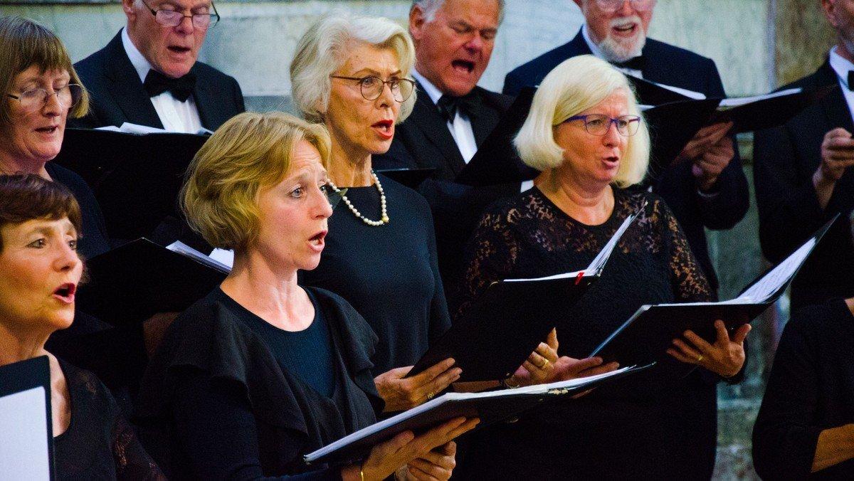 Sommerkoncert med Messiaskirkens Koncertkor og Rasmus Jupin (tenor)