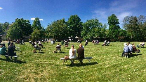 Treffen nach Sternwanderung im Landschaftspark Degenershausen zu Christi Himmelfahrt