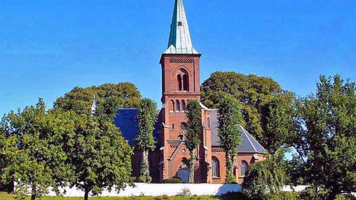 Pinsegudstjeneste på Vinderød Kirkegård