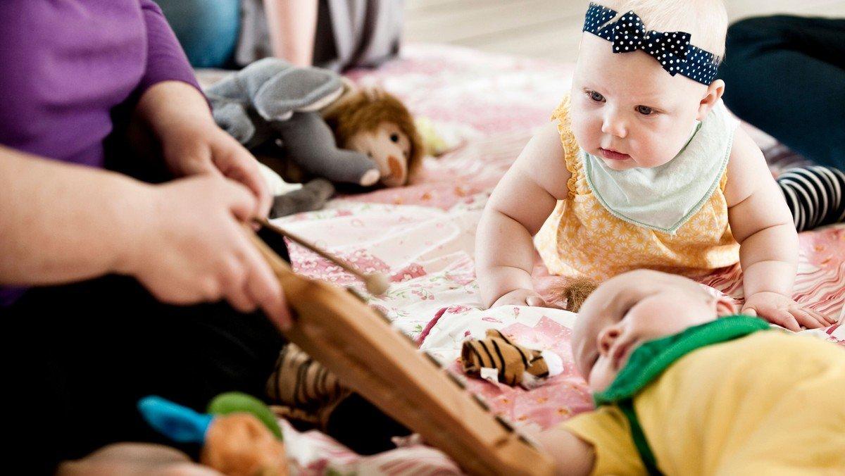 Babysalmesang  (Holdstart)