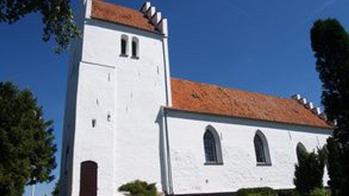 Konfirmation i Sdr. Bjerge kirke d. 14. august 2021 kl. 10.30