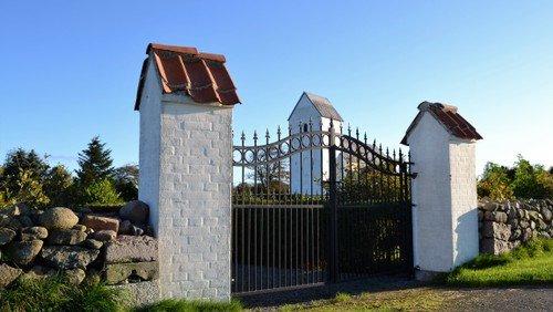 Gudstjeneste i Strandby Kirke