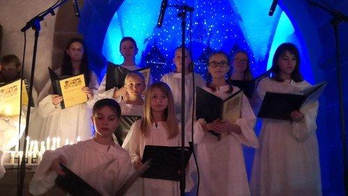Kyndelmissekoncert med Hellevad-Ørum Kirkekor i Ørum Kirke