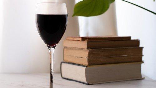 Viele Bücher - leckere Weine | Kirche & Kultur in Kooperation mit der Buchhandlung Leselust