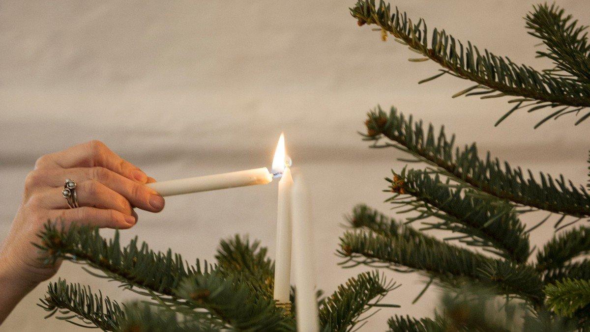 Gudstjeneste og juletræsfest for børn