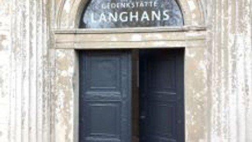 Tag des offenen Denkmals: Besichtigung der Langhans-Gedenkstätte im Mausoleum Massute