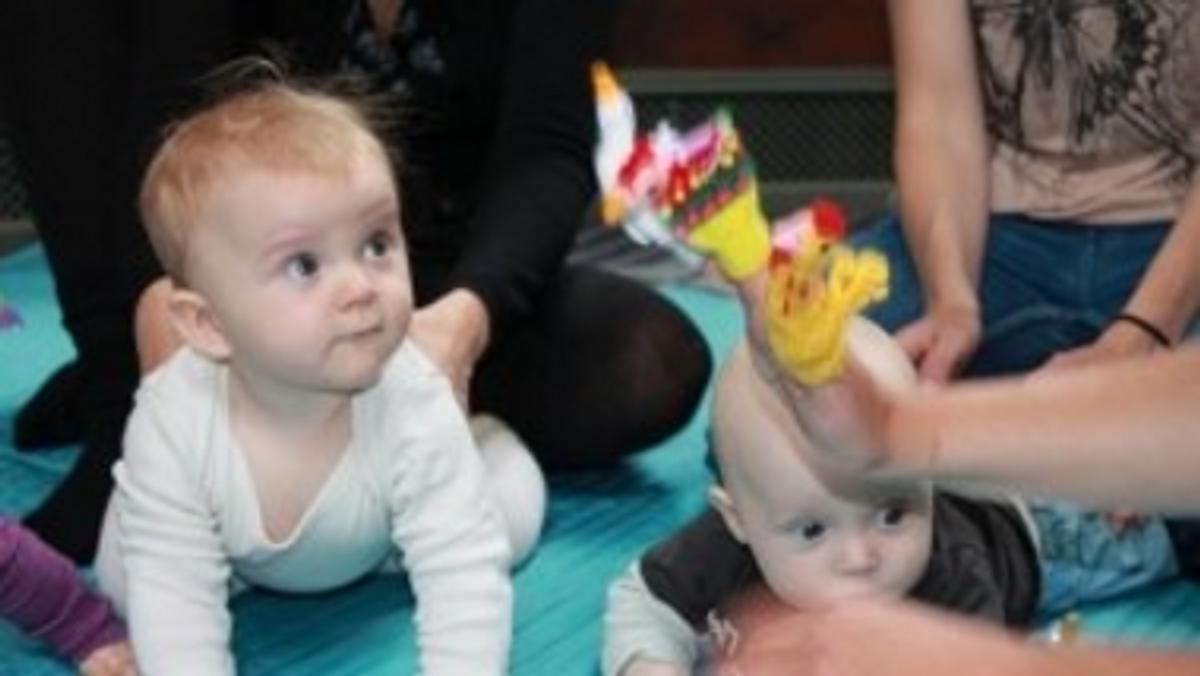 (AFLYST) Babysalmesang v/ Musikpædagog Ulla Abildgaard