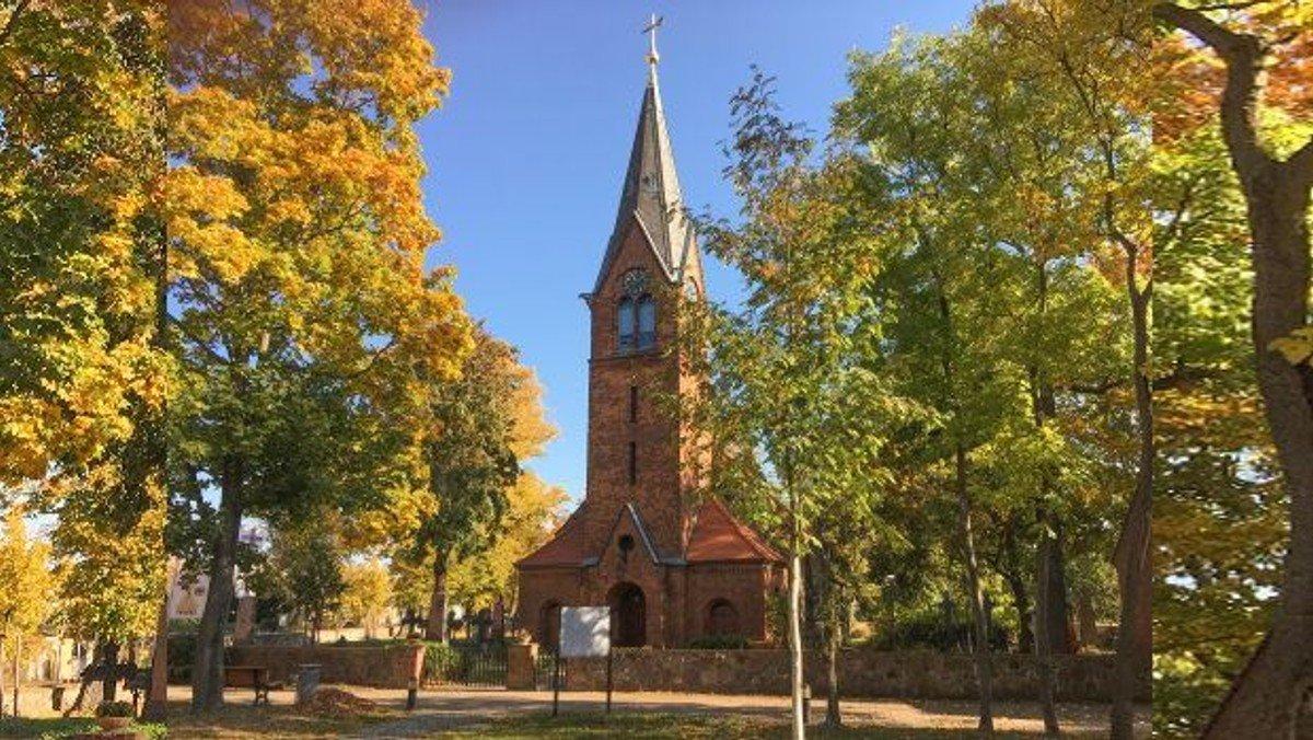 Gottesdienst wieder in der Dorfkirche Großziethen