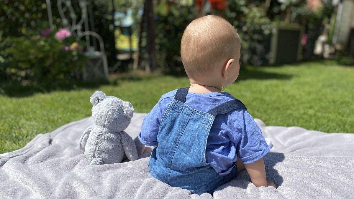 Open-Air-Eltern-Kind-Spielgruppe für Babys von 4-12 Monaten (4 Termine)