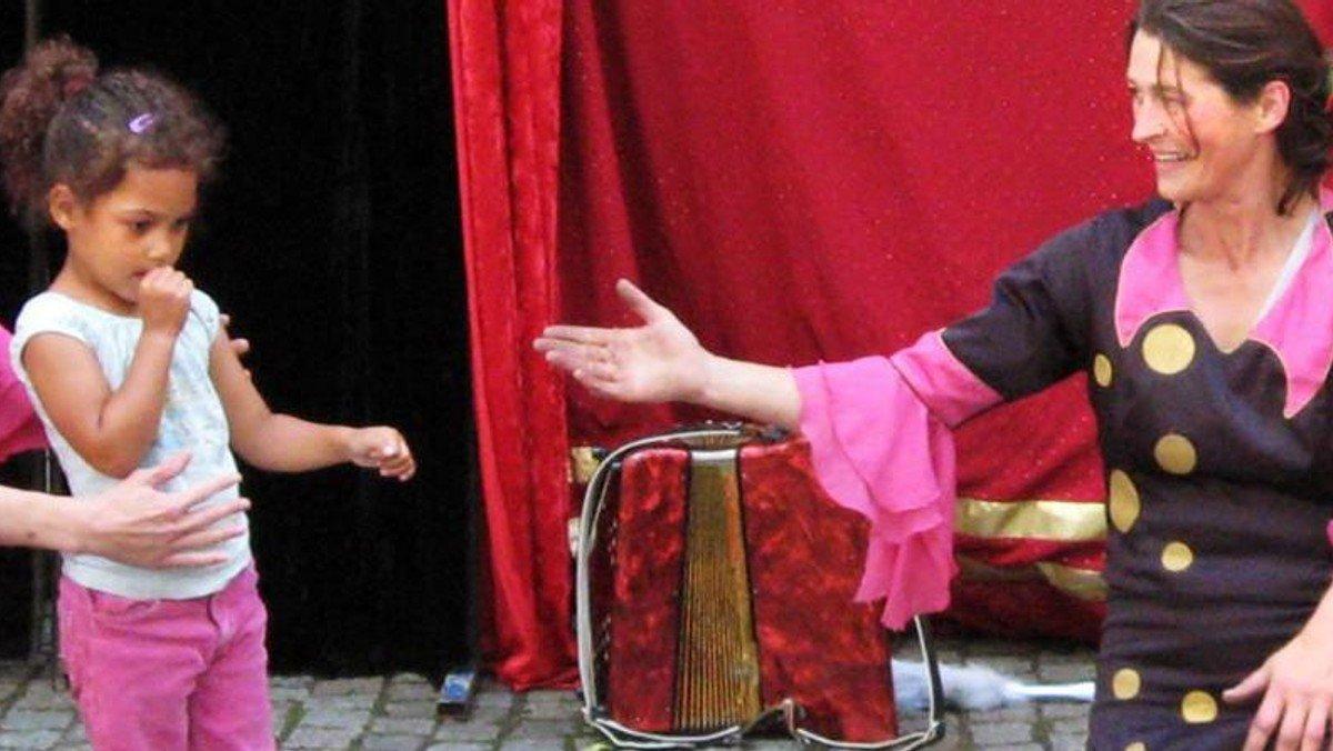 Cirkus Aroma med workshop for børn