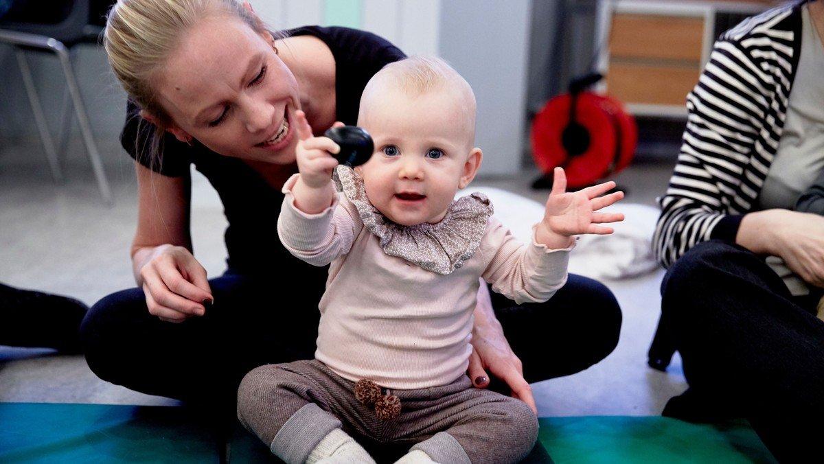 Babysalmesangs-juleafslutning  (0-12 måneder) ved Malene Flensborg