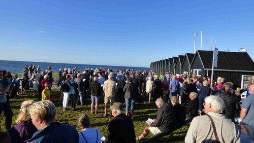 Fællessang på Øster Hurup Havn
