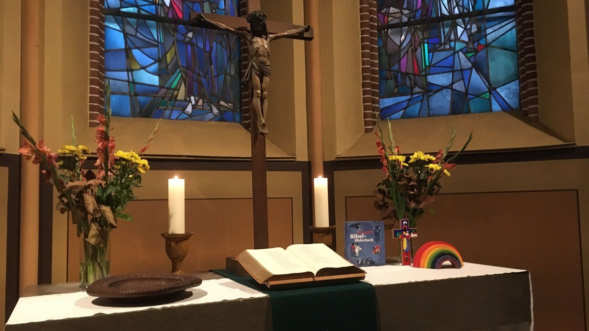 Gottesdienst mit Taufe und Kindergottesdienst in der Magdalenenkirche