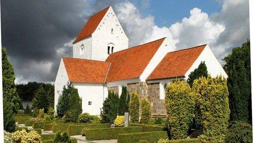 Konfirmandindskrivning og gudstjeneste i Ejstrup kirke