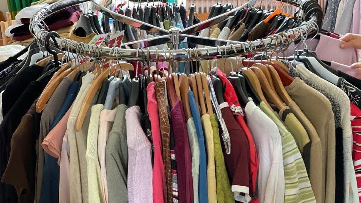 Kleiderkammer im Pastorat