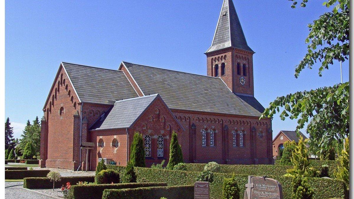 Konfirmandindskrivning og gudstjeneste i Gludsted kirke