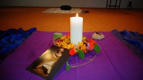Meditationsgruppe in Tegelort