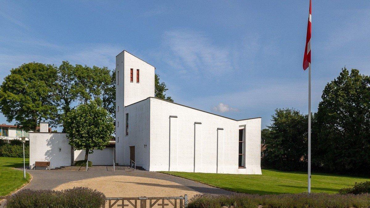Kollund Kirke, Gudstjeneste v/ Viggo Jacobsen