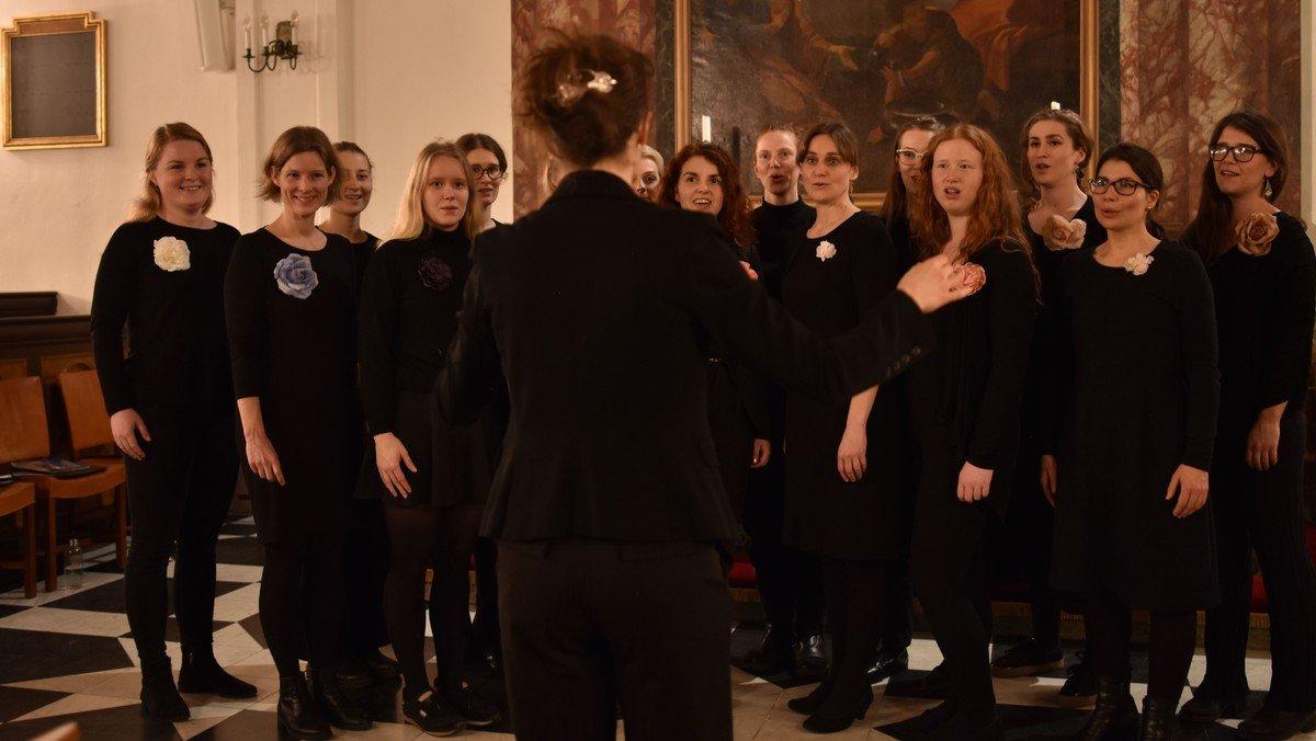 """""""Sange til natten""""  – Schola Cantorums Kvindekor"""