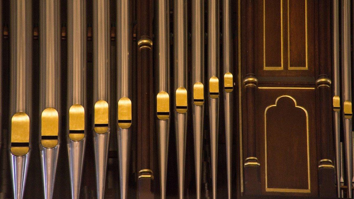 Kurzkonzerte im Rahmen der Orgeltour entlang der U7