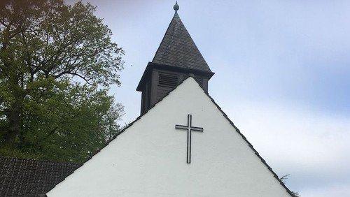 Gottesdienst in Wahmbeckerheide mit Prädikant Julien Thiede und Organistin Jutta Brandt
