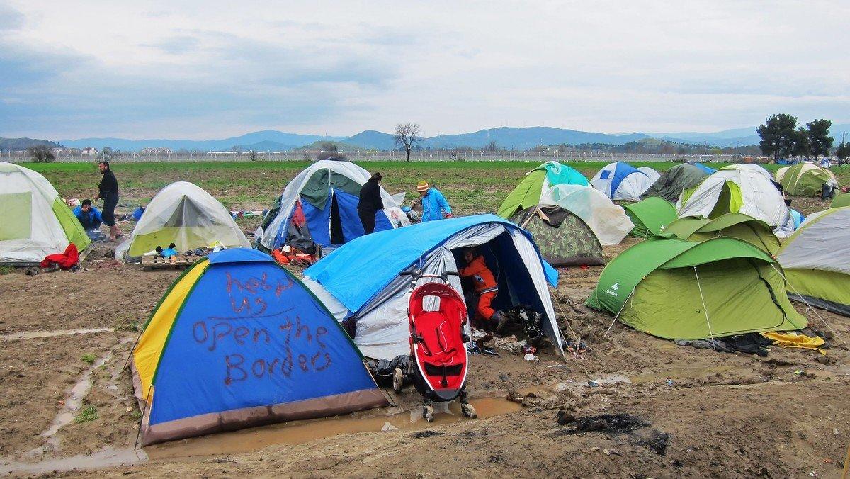 GESCHEHENES UNRECHT WAHRNEHMEN: Die Situation der Geflüchteten auf Lesbos heute