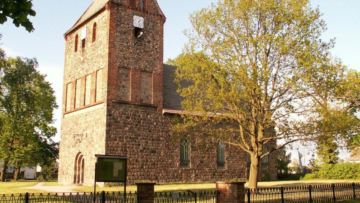 750 Jahre Dorfkirche Lindenberg – Festgottesdienst