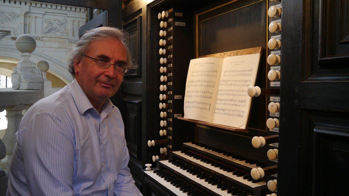 LIVE Music at Midday with David Ponsford (organ)