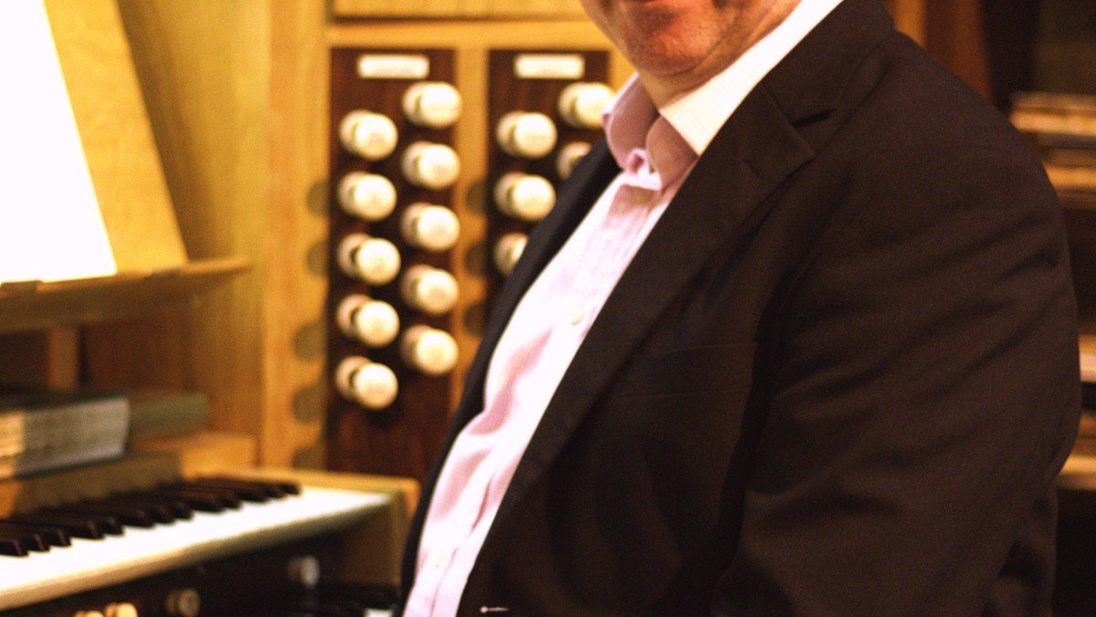 LIVE Music at Midday with John Kitchen (Organist)