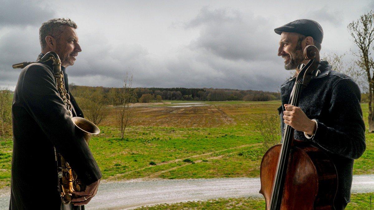 """Kirkekoncert """"Bach i Perspektiv"""" med Thomas Agergaard og Tobias Van der Pals"""