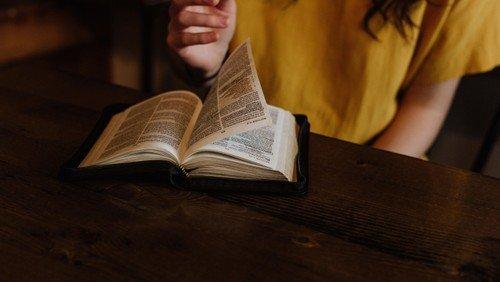 Bibelkreis im Pfarrhaus Ermsleben