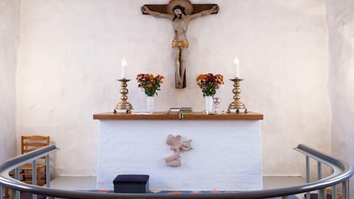 Højmesse i Holme Olstrup Kirke
