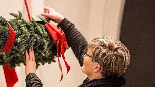 Fællessang i Sognehuset med temaet advent og december