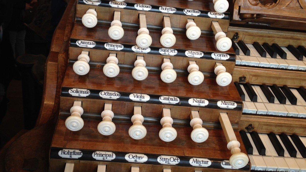 Orgelkoncert med stjernetwist