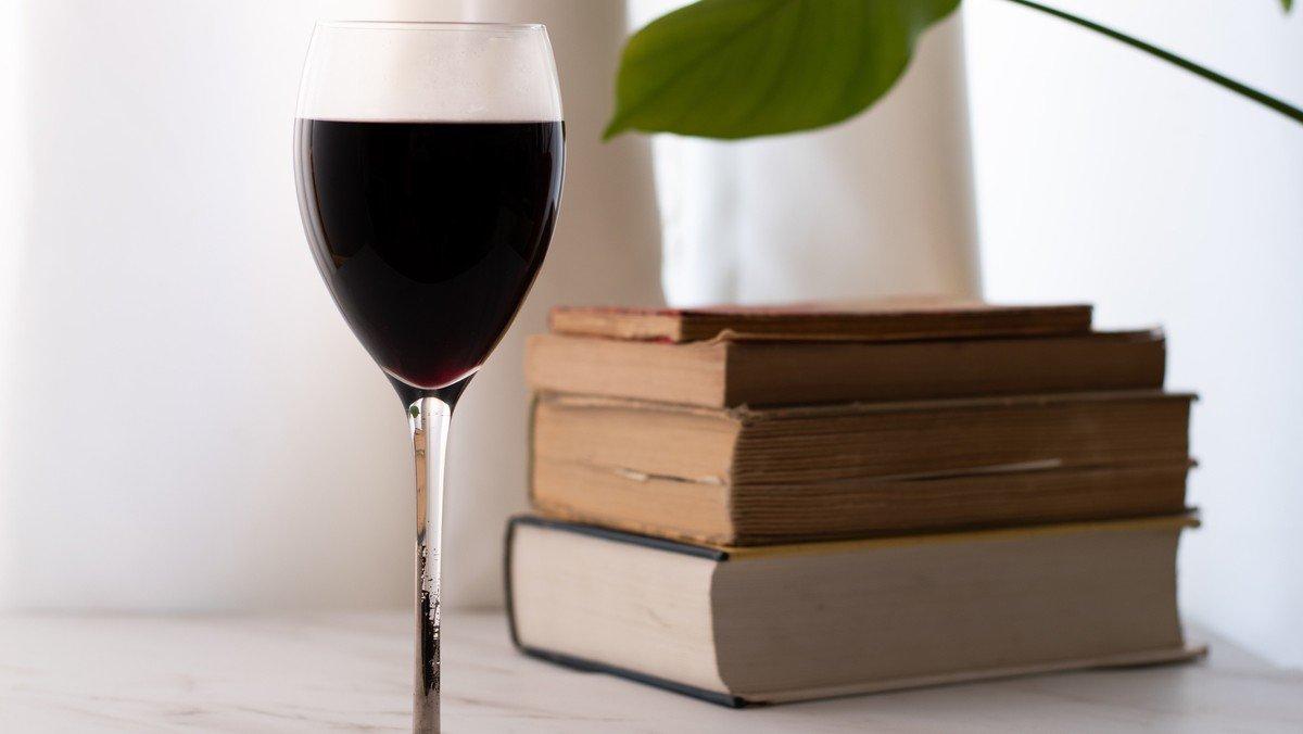 Herbstausgabe: Viele Bücher - leckere Weine   Kirche & Kultur in Kooperation mit der Leselust und dem Faire-Welt-Laden
