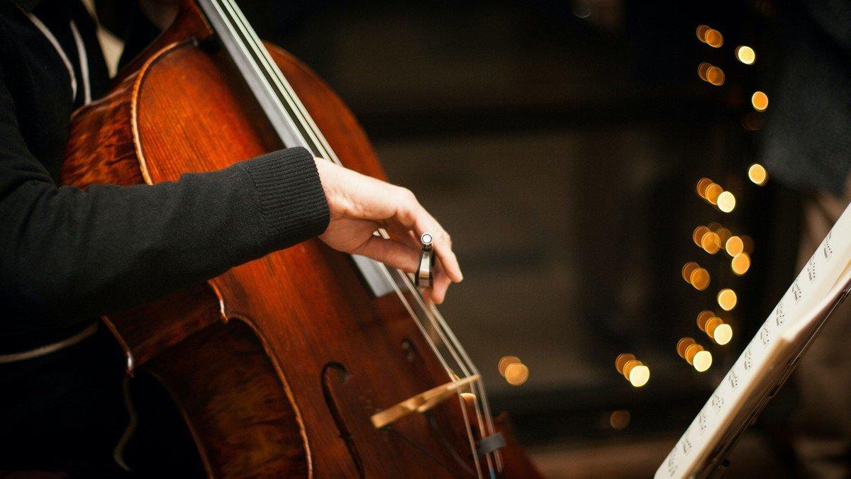 Klavier meets Cello: Musikalischer Abend im Rahmen der Benefiz-Kulturwoche »Mitgefühl / Mit Gefühl«
