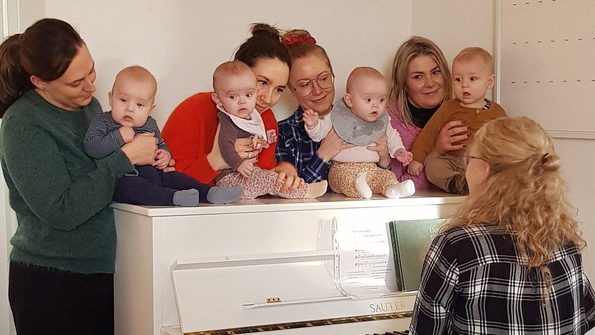 Babysalmesang - fælles afslutning