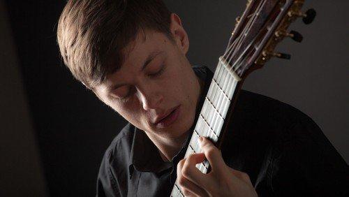 Koncert med guitarist Niklas Johansen 30. september kl. 19.00  i Magleby Kirke