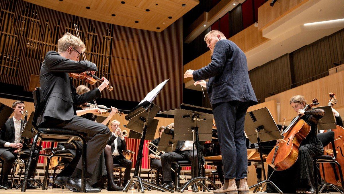 """Koncert med Ensemble Pluma - """"Alverdens danse"""""""