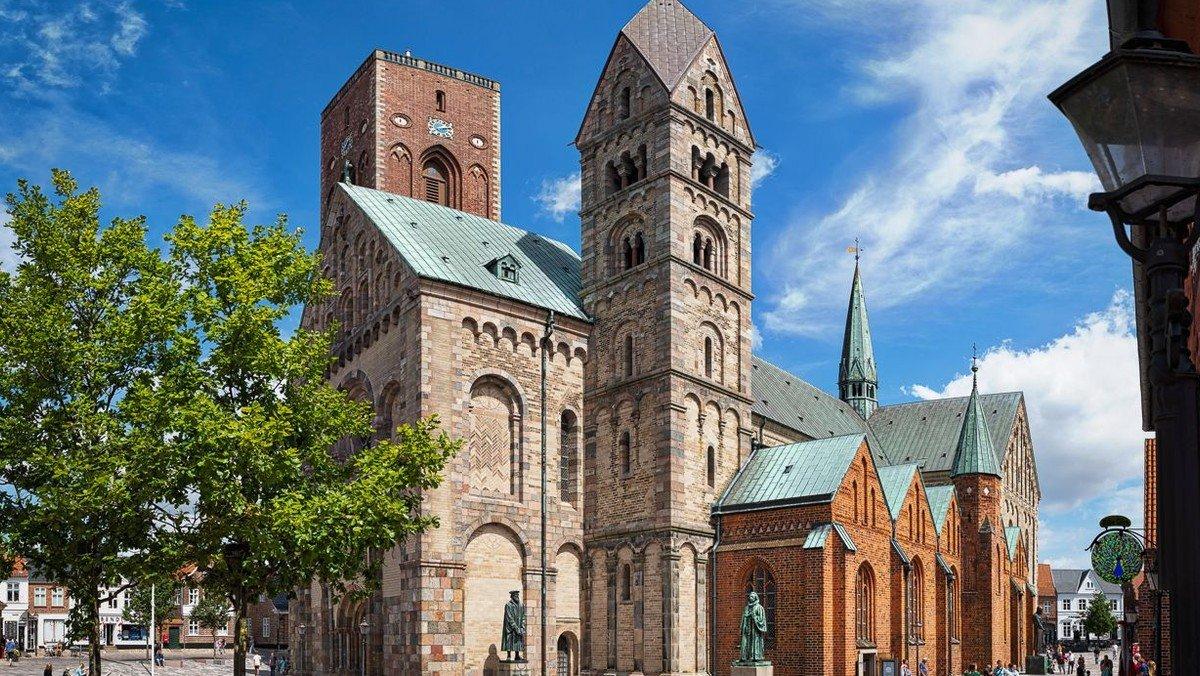 Bustur med Davids kirke til Christiansfeld & Ribe