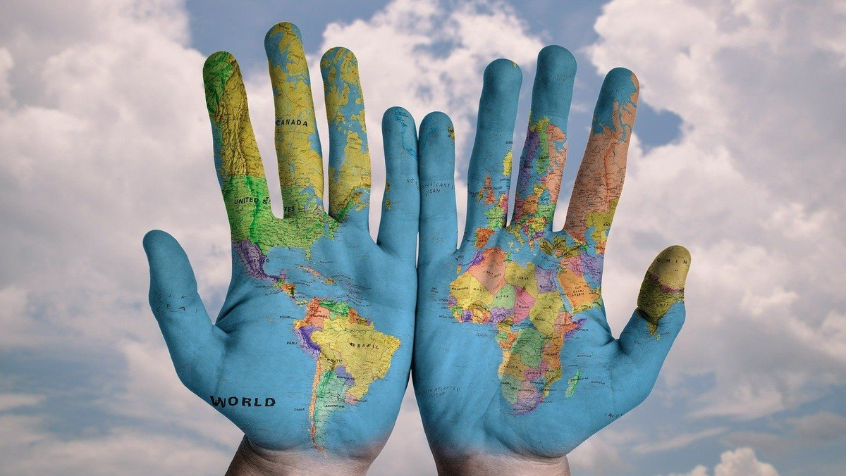 Neu: Gebet für die Welt - im Seitenschiff der Kirche