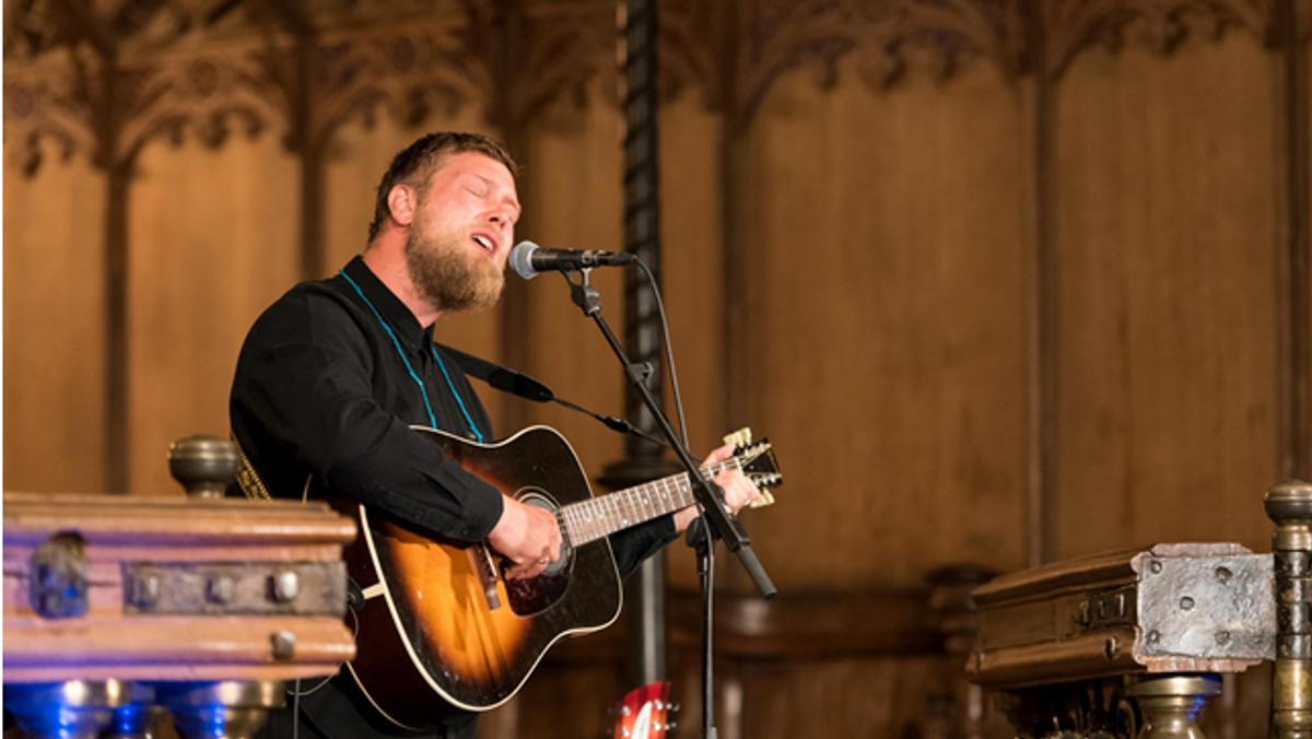Koncert i Visborg Kirke med Jonas Petersen/Hymns form Nineveh