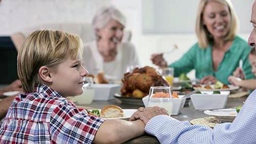 Familiegudstjeneste Rostrup kirke m. efterfølgende fællesspisning i Klubhuset