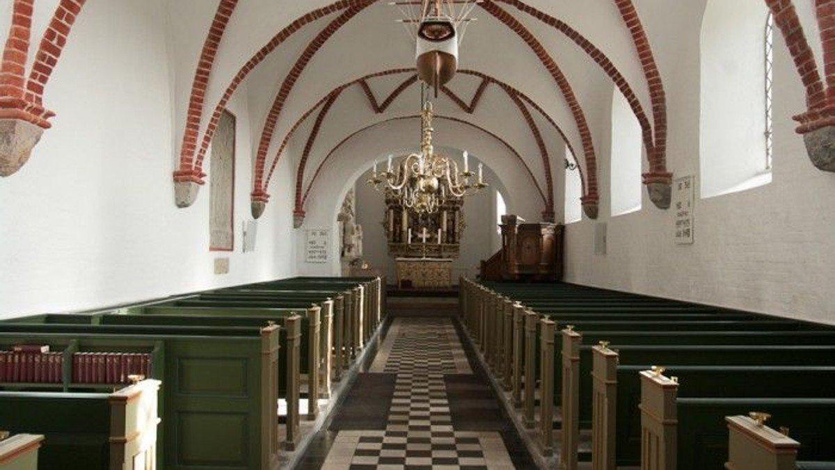 Gudstjeneste i Astrup kirke