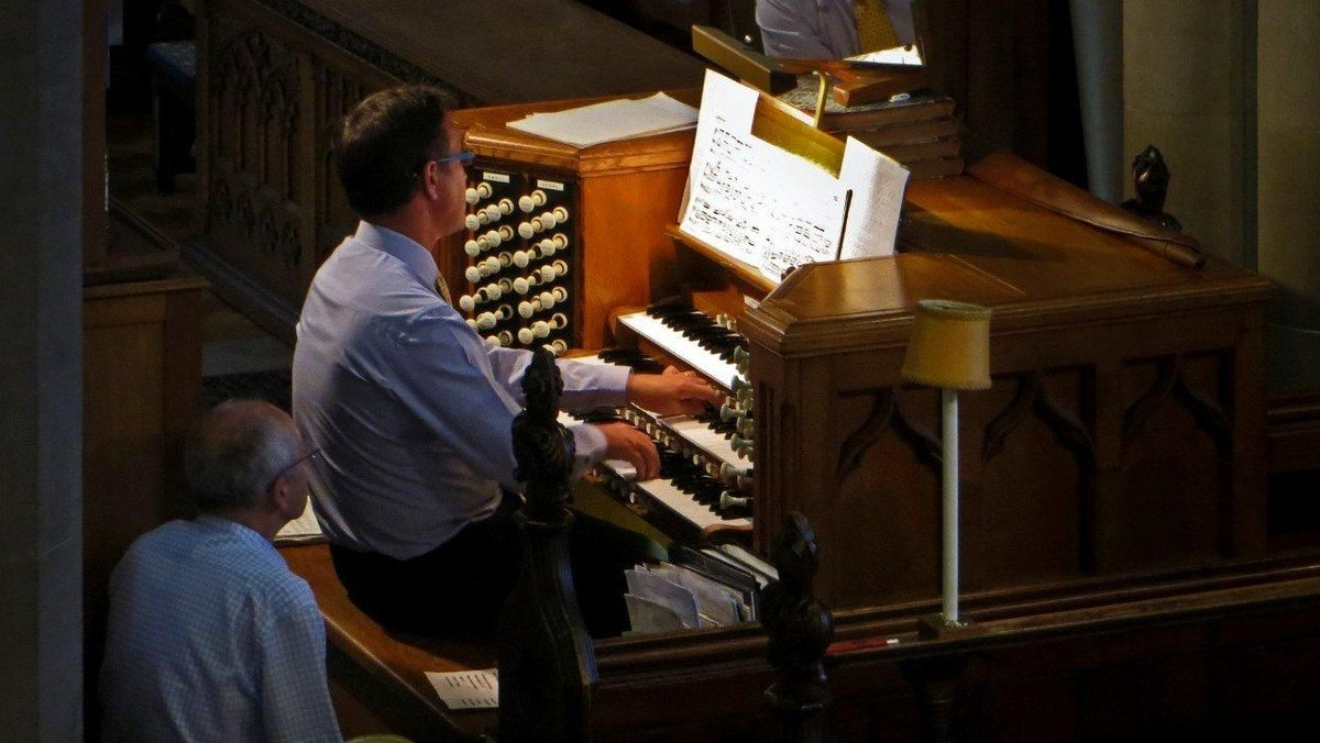Simon Lole Organ Recital