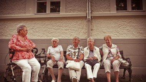 Frauenhilfe Uhlandstraße II
