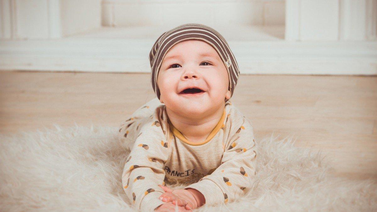 Babysalmesang i Ubby Kirke