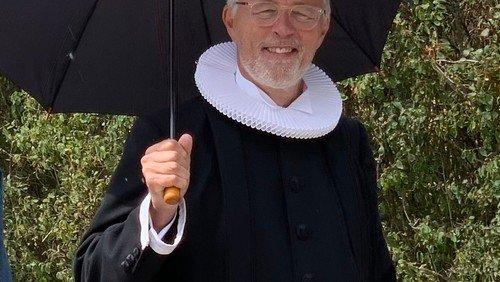 Gudstjeneste i Skivholme Kirke og præstefortællinger i Sognegården