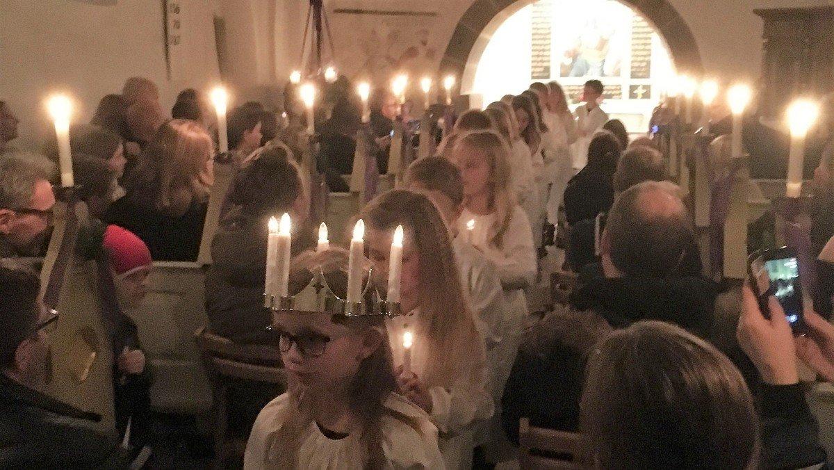 Lucia og krybbespil i Ellidshøj Kirke